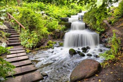 Sticker cascade en cascade dans le parc Planten un Blomen à Hambourg