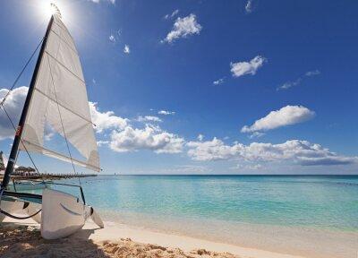 Sticker Catamaran sur la plage