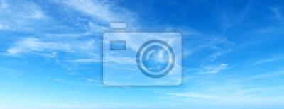 Sticker ciel bleu avec des nuages
