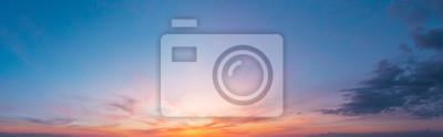 Sticker Ciel crépusculaire coucher de soleil coloré