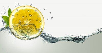 Sticker Citron et éclaboussures d'eau.