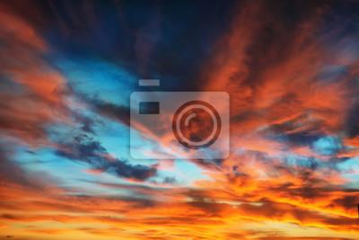 Sticker Colorful orange et bleu ciel dramatique