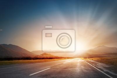 Sticker Coucher de soleil au-dessus de la route