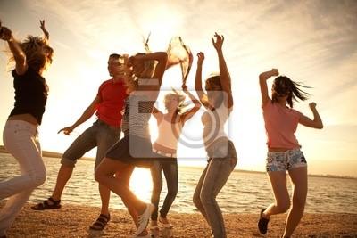 danse sur la plage