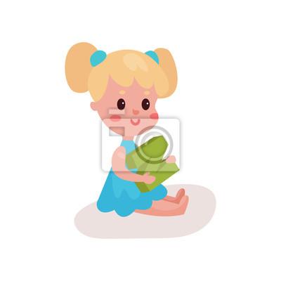 Sticker Douce Petite Fille Blonde Assise Sur Le Sol Jouant Avec La Lettre