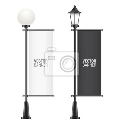 Sticker Ensemble de lamposts vecteur, avec des drapeaux publicitaires noir et blanc, isolé sur un backgorund blanc. Maquettes réalistes de drapeau promotionnel vertical.