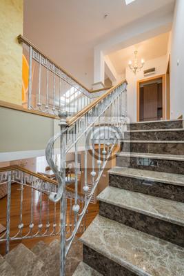 escalier en marbre avec rampe descalier en fer forg dans villa stickers pc portable. Black Bedroom Furniture Sets. Home Design Ideas