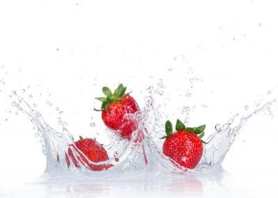 Sticker Fresh Strawberries avec les projections d'eau