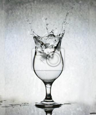Ice Cubes éclaboussures dans un verre d'eau, Still Life, Grunge Retour