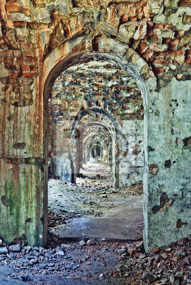 intérieur de la chambre dans la forteresse abandonnée, Ukraine