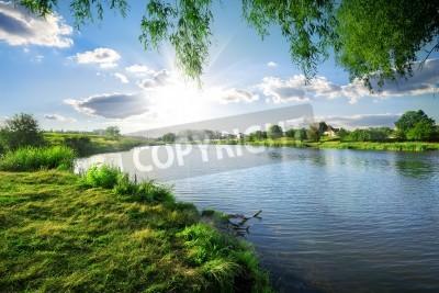 Sticker Journée ensoleillée sur une rivière calme en été