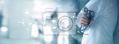 Sticker Médecin avec stéthoscope en main sur le fond de l'hôpital, concept médical et de la médecine