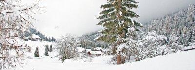 Sticker Montagne enneigée en hiver