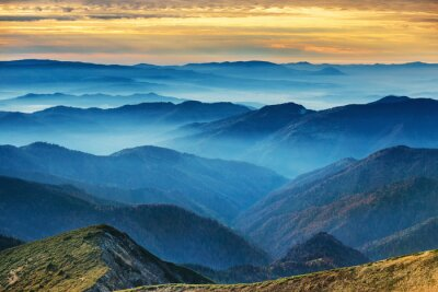 Sticker Montagnes et collines bleues