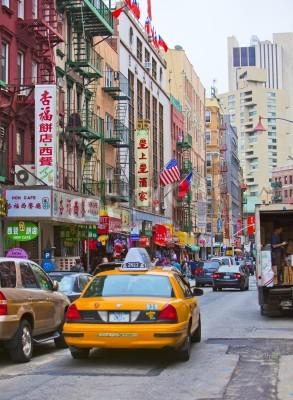 Sticker NEW YORK - le 18 avril: Street à New York
