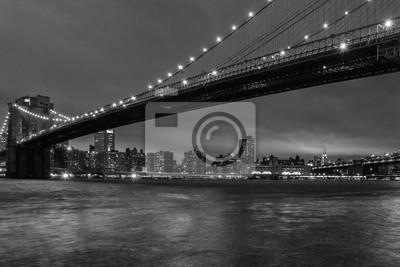new york night view de brooklyn en noir et blanc