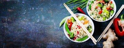 Sticker Nouilles chinoises aux légumes et crevettes
