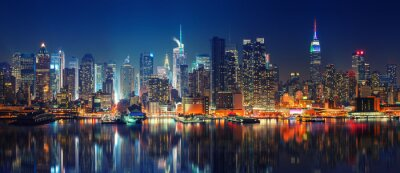 Sticker Panoramic view on Manhattan at night, New York, USA