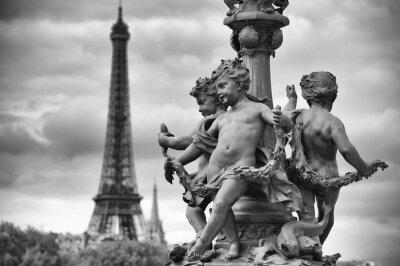 Sticker Paris France Tour Eiffel avec des statues de chérubins