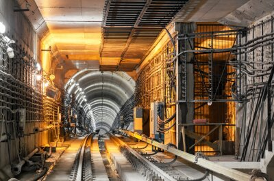Sticker Passer le tunnel du métro souterrain