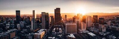 Sticker Photo de drone aérien - Ville de Denver, Colorado, au coucher du soleil