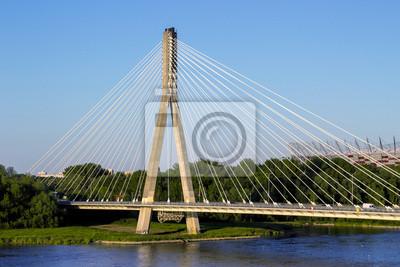 Pont moderne à Varsovie sur la rivière Vistule