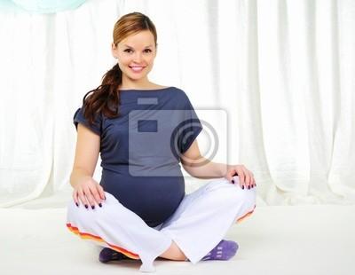 Portrait d'une jeune fille enceinte