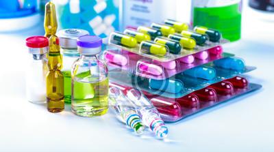 Sticker Prescription de médicaments pour les médicaments de traitement. Médicament pharmaceutique, cure en récipient pour la santé. Thème de pharmacie, pilules de capsule avec l'antibiotique de médecine dans