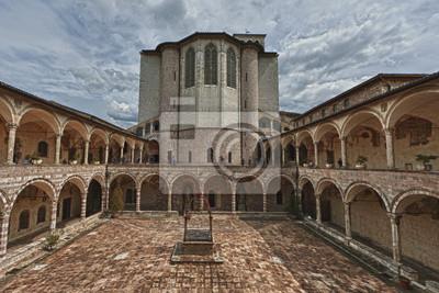 Retour côté d'Assise dôme basilique italienne de Saint-François
