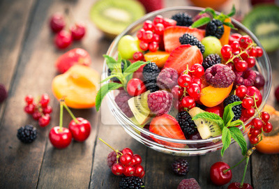 Sticker Salade de fruits frais dans le bol