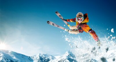 Sticker Ski. Skieur sautant. Sports d'hiver extrêmes.
