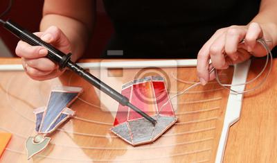 Souillé verrier travaille avec lampe rouge souvenir