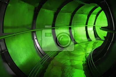 Souterrain intérieur vert Résumé du tunnel de l'assainissement industriel