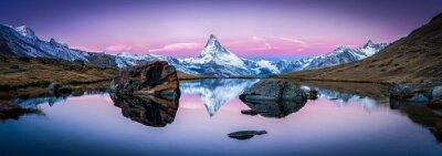 Sticker Stellisee en Suisse avec le Cervin en arrière-plan Panorama