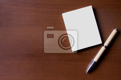 Stylo Et Bloc Notes Sur Le Bureau En Bois Stickers Pc Portable