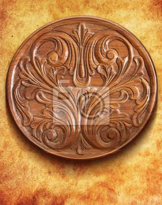 Table en bois d'ornement