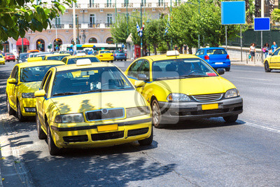 Taxi jaune à Athènes