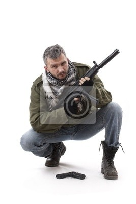 Terroriste avec arme à feu