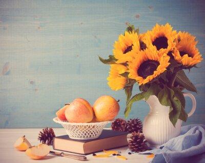 Sticker Tournesols bouquet dans un vase blanc avec des pommes