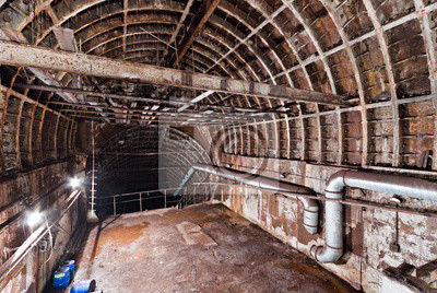 Tunnel de métro abandonné. Kiev, Ukraine. Kyiv, Ukraine