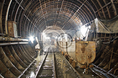 Tunnel en construction