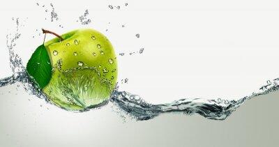 Sticker Vert pomme au milieu éclaboussures d'eau.