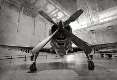 Sticker Vieil avion dans un hangar