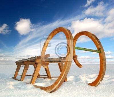 vieux traîneau en bois