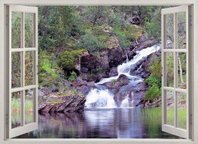 Sticker Vue de la fenêtre ouverte à la cascade de la montagne et de l'étang