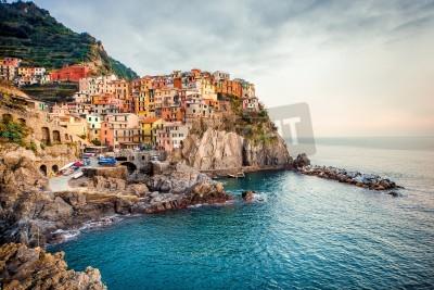Sticker Vue de Manarola. Manarola est une petite ville dans la province de La Spezia, Ligurie, nord de l'Italie.