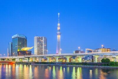 Sticker Vue de Tokyo Skytree historique et la rivière Sumida la nuit.