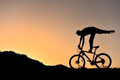 Sticker Sıradışı bisikletçi silüet