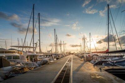 Sticker Yacht Marina lever du soleil