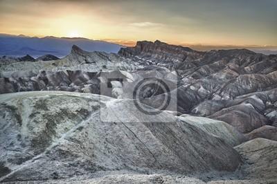 Zabriskie Point Death Valley magnifique coucher de soleil